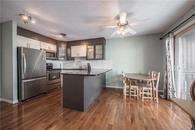 2323 Oakmoor Drive SW #19, Calgary, AB T2V 4T2 (#C4164945) :: Redline Real Estate Group Inc