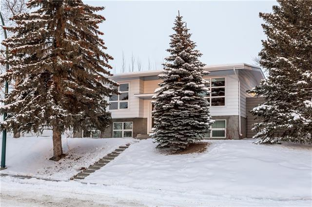 5804 Dalkeith Hill(S) NW, Calgary, AB T3A 1G4 (#C4165057) :: The Cliff Stevenson Group