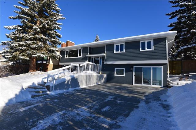 408 Silver Valley Boulevard NW, Calgary, AB T3B 4L8 (#C4165435) :: Redline Real Estate Group Inc