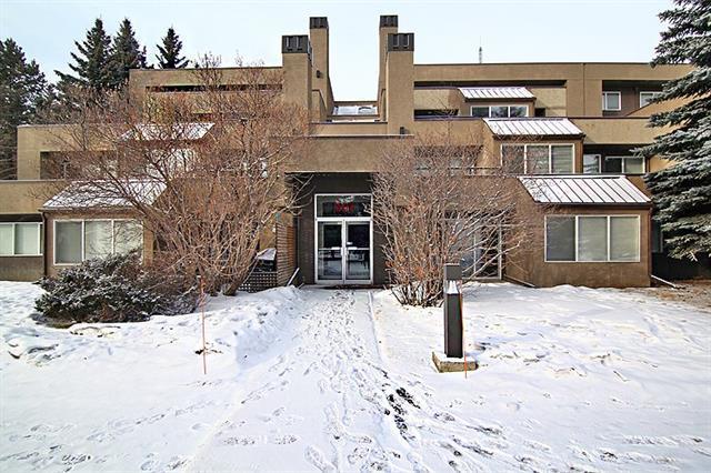 301 Village Mews SW #5, Calgary, AB T3H 2L3 (#C4165477) :: The Cliff Stevenson Group