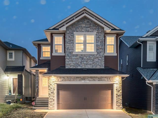 50 Nolancliff Court NW, Calgary, AB T3R 0V1 (#C4165623) :: The Cliff Stevenson Group
