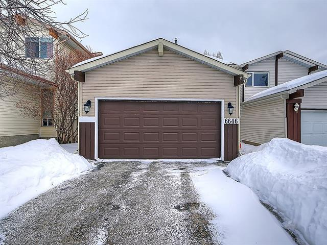 6646 Ranchview Drive NW, Calgary, AB T3G 3A1 (#C4165778) :: Canmore & Banff