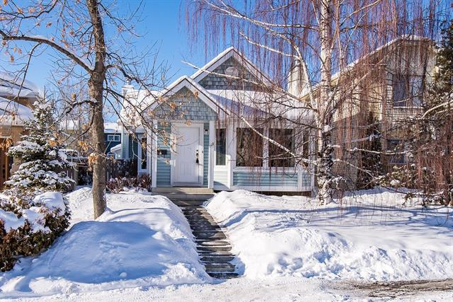 148 Shawcliffe Circle SW, Calgary, AB T2Y 1H2 (#C4165782) :: The Cliff Stevenson Group
