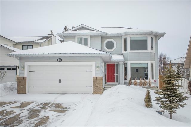 187 Hawkbury Close NW, Calgary, AB T3G 3C9 (#C4165938) :: Canmore & Banff