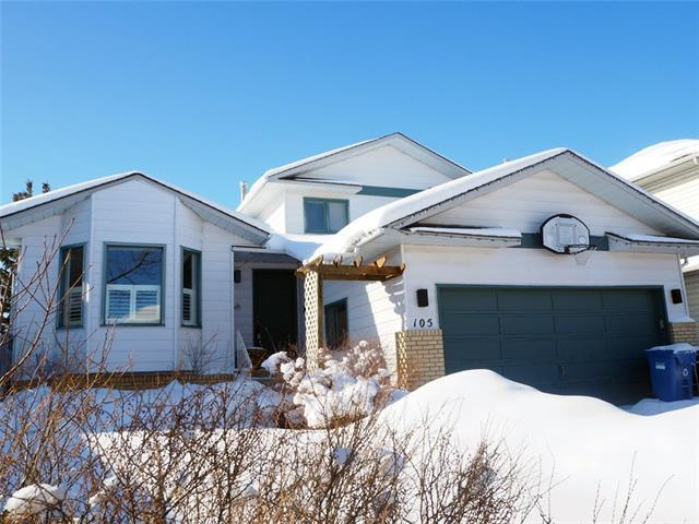 105 Hawkhill Road NW, Calgary, AB T3G 3H8 (#C4165939) :: Redline Real Estate Group Inc