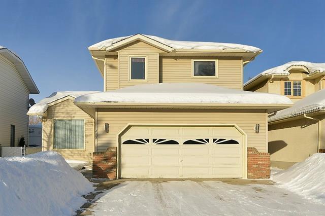 213 Hawkbury Close NW, Calgary, AB T3G 3N2 (#C4166023) :: The Cliff Stevenson Group