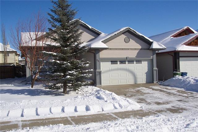 80 Willowbrook Drive NW, Airdrie, AB T4B 2J4 (#C4166026) :: Redline Real Estate Group Inc