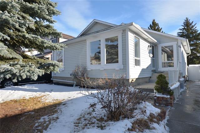 64 Deer Lane Road SE, Calgary, AB T2J 5T1 (#C4166085) :: The Cliff Stevenson Group