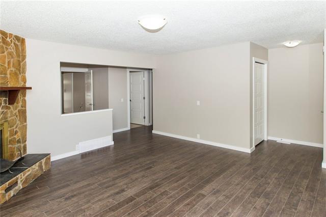 172 Dovely Crescent SE, Calgary, AB T2B 2L1 (#C4166247) :: Redline Real Estate Group Inc