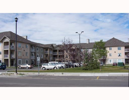 3000 Citadel Meadow Point(E) NW #202, Calgary, AB T3G 5N5 (#C4166264) :: The Cliff Stevenson Group