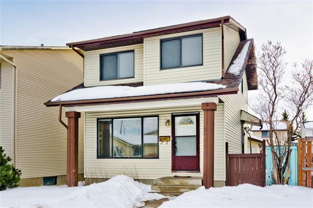 200 Castlegreen Close NE, Calgary, AB T3J 1Y6 (#C4166383) :: The Cliff Stevenson Group