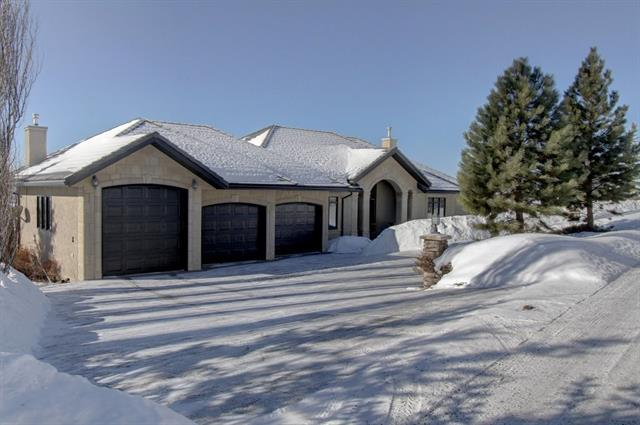 41 Slopes Point(E) SW, Calgary, AB T3H 3Y8 (#C4166481) :: Tonkinson Real Estate Team