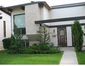 9910 26 Street SW, Calgary, AB T2V 4E9 (#C4166639) :: Canmore & Banff