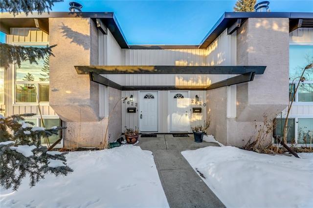 2622 Oakmoor Drive SW, Calgary, AB T2V 4E7 (#C4166802) :: Redline Real Estate Group Inc