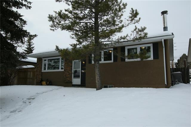 419 Penswood Road SE, Calgary, AB T2A 4T6 (#C4166860) :: Canmore & Banff