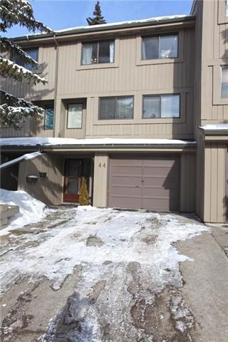 10401 19 Street SW #44, Calgary, AB T2W 3E7 (#C4166868) :: The Cliff Stevenson Group