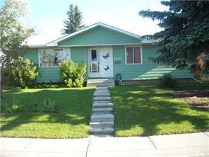 1435 Mardale Way NE, Calgary, AB T2A 3M9 (#C4166894) :: The Cliff Stevenson Group