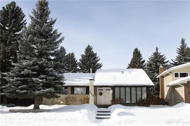 628 Parkvalley Road SE, Calgary, AB T2J 4V8 (#C4167003) :: Canmore & Banff