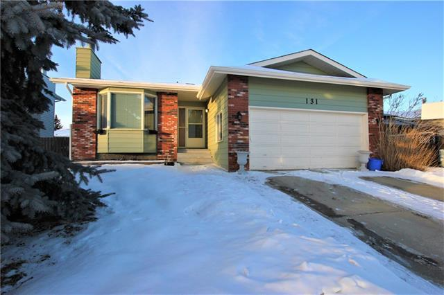 131 Woodbend Way, Okotoks, AB T1S 1L7 (#C4167418) :: Canmore & Banff