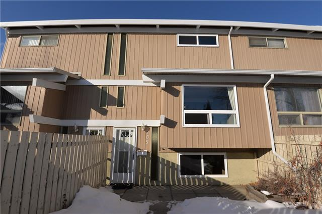 11010 Bonaventure Drive SE #305, Calgary, AB T2J 3A8 (#C4167506) :: Canmore & Banff
