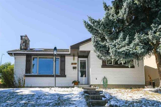 7651 Hunterburn Hill(S) NW, Calgary, AB T2K 4S6 (#C4170258) :: Canmore & Banff