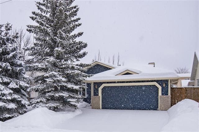 148 Woodbend Way, Okotoks, AB T1S 1L7 (#C4170640) :: Canmore & Banff