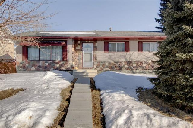 1171 Penrith Crescent SE, Calgary, AB T2A 2H8 (#C4170808) :: Canmore & Banff