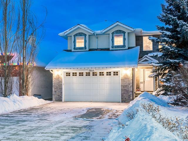 5644 Coach Hill Road SW, Calgary, AB T3H 3K4 (#C4170845) :: Redline Real Estate Group Inc