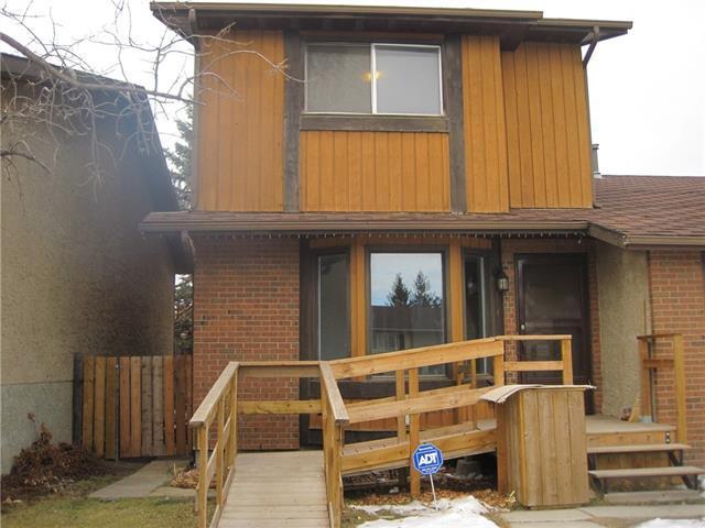 4243 49 Street NE, Calgary, AB T1Y 4T6 (#C4170890) :: Canmore & Banff