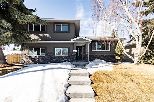 4011 Charleswood Drive NW, Calgary, AB T2L 2E1 (#C4171103) :: Canmore & Banff