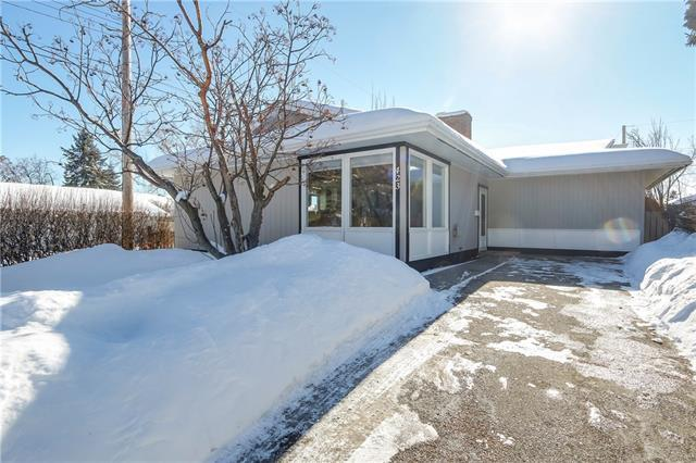 423 Wilkinson Place SE, Calgary, AB T2J 2C2 (#C4171211) :: Canmore & Banff