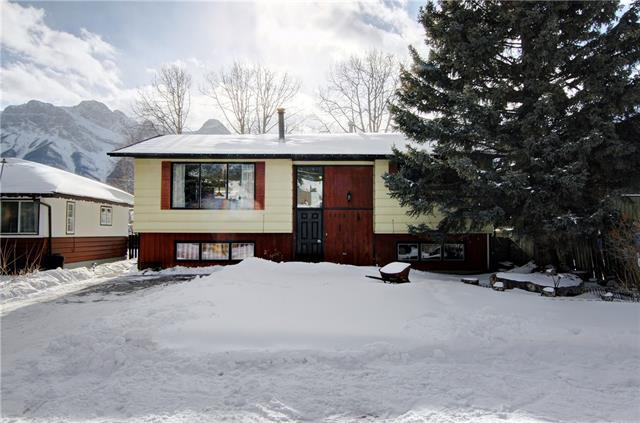 1425 1st Avenue, Canmore, AB T1W 1M6 (#C4171449) :: Canmore & Banff