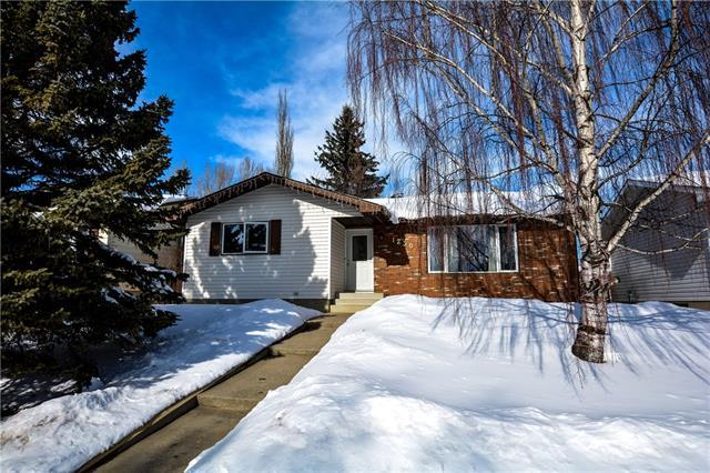 1230 Smith Avenue, Crossfield, AB T0M 0S0 (#C4171510) :: Express Capital