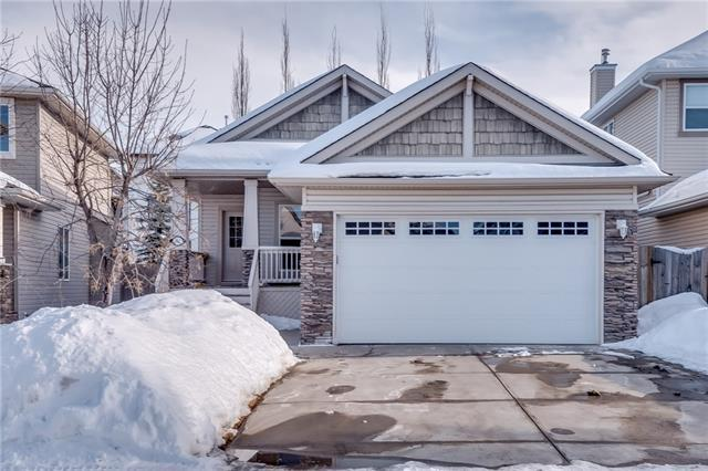82 Cresthaven Way SW, Calgary, AB T3B 5X9 (#C4171552) :: Canmore & Banff