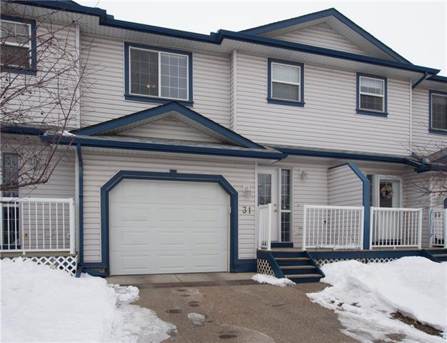 33 Stonegate Drive NW #31, Airdrie, AB T4B 2V9 (#C4171696) :: Canmore & Banff