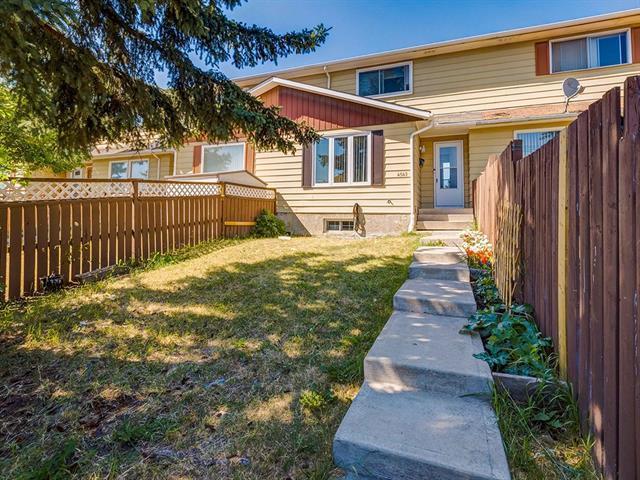 4542 7 Avenue SE, Calgary, AB T2A 4X1 (#C4171782) :: Canmore & Banff