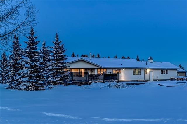 33034 Township 243 Road, Rural Rocky View County, AB T3Z 2M6 (#C4171989) :: Canmore & Banff