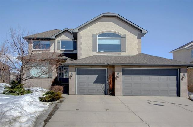 110 Crystal Shores Drive, Okotoks, AB T1S 1X8 (#C4172041) :: Canmore & Banff