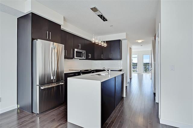 3812 Parkhill Place SW #2, Calgary, AB T2S 2W7 (#C4172137) :: Redline Real Estate Group Inc