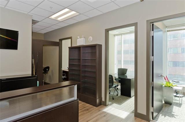 888 4 Avenue SW #511, Calgary, AB T2P 0V2 (#C4172196) :: Redline Real Estate Group Inc