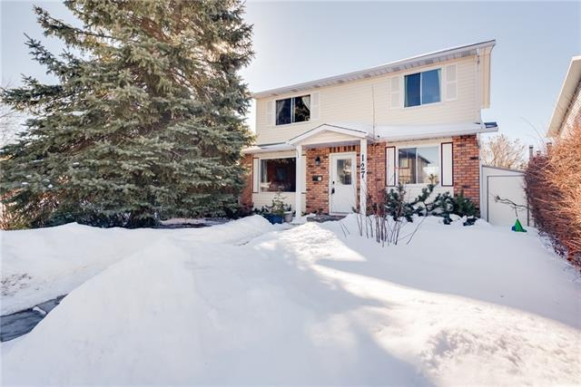 127 Rundlecairn Road NE, Calgary, AB T1Y 2T8 (#C4172330) :: Canmore & Banff
