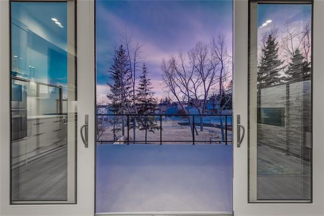 1815 22 Avenue SW, Calgary, AB T2T 0S1 (#C4172664) :: Canmore & Banff