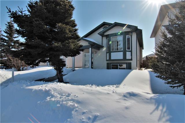 7995 Laguna Way NE, Calgary, AB T1Y 7A5 (#C4172856) :: Canmore & Banff