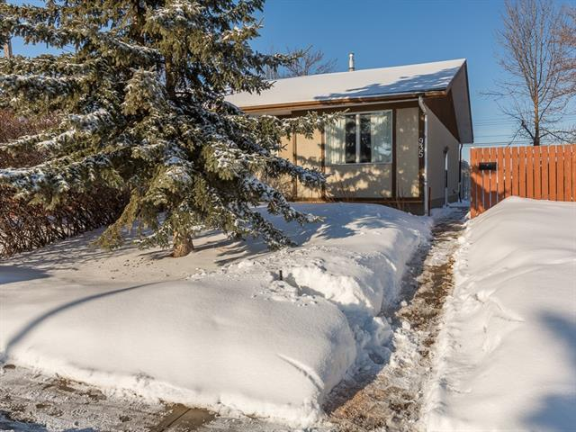 935 Marcombe Drive NE, Calgary, AB T2A 3H2 (#C4173014) :: Canmore & Banff