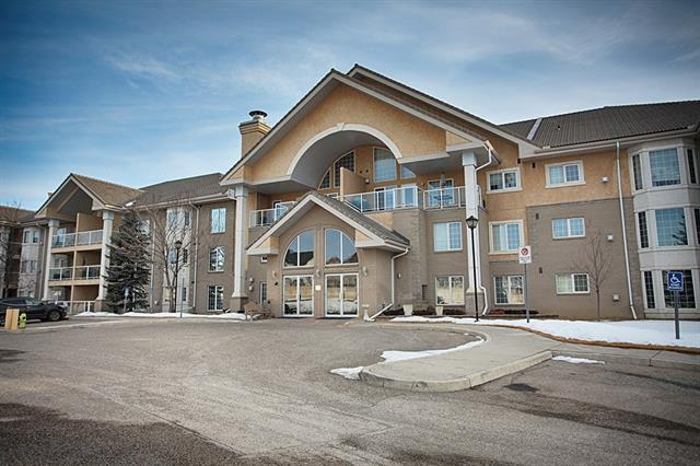728 Country Hills Road NW #116, Calgary, AB T3K 5K8 (#C4173022) :: Express Capital