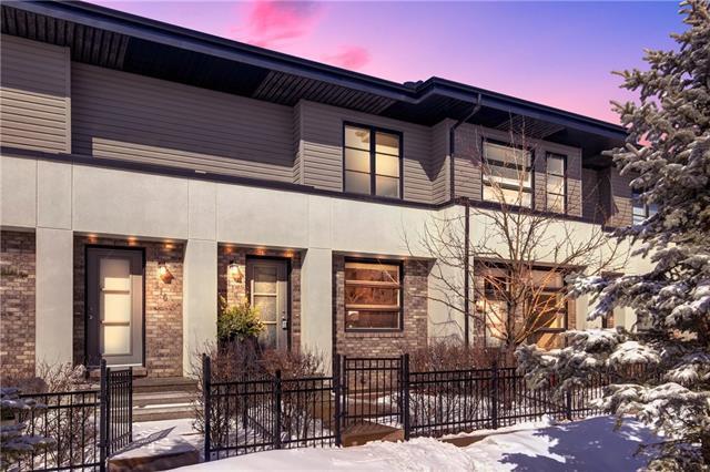 114 Aspen Hills Villa(S) SW, Calgary, AB T3H 0H7 (#C4173149) :: Canmore & Banff