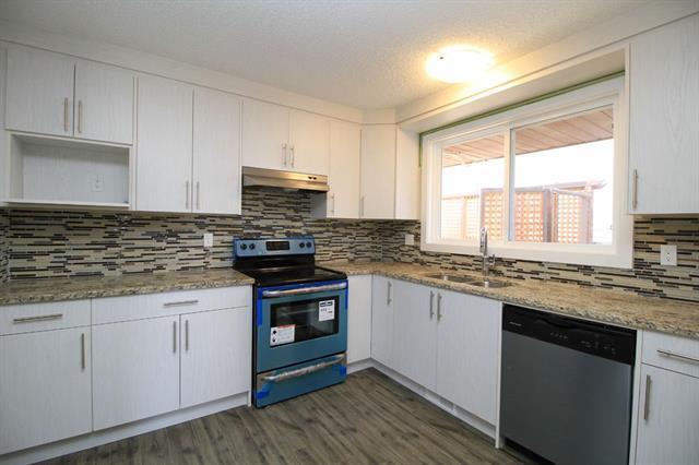 379 Whitman Place NE, Calgary, AB T1Y 4T2 (#C4173351) :: Canmore & Banff