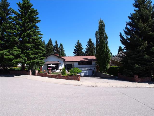 1516 Cavanaugh Place NW, Calgary, AB T2M 0M9 (#C4173442) :: Canmore & Banff