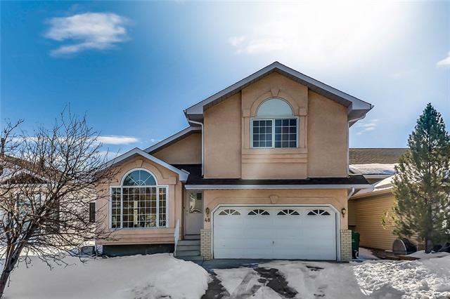 48 Hawkmount Close NW, Calgary, AB T3G 3Z4 (#C4173531) :: Canmore & Banff