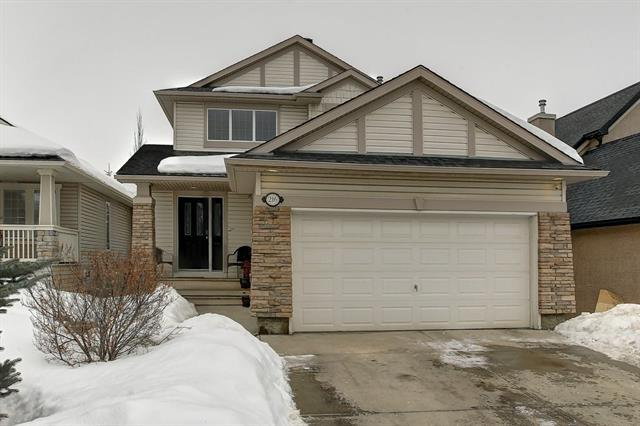216 Cresthaven Place SW, Calgary, AB T3B 5W4 (#C4173926) :: Canmore & Banff